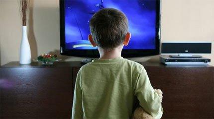 child-watch-tv